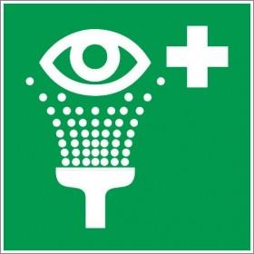 Rinçage des yeux