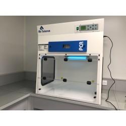 Hotte PCR protection lors de préparation échantillon ou solution stérile